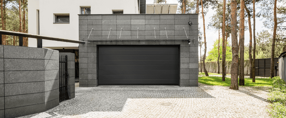 Superior overhead sectional door Trend in anthracite