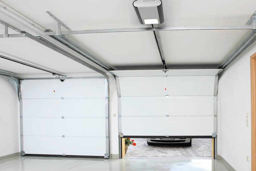 Automatic Normstahl garage doors for you and your business